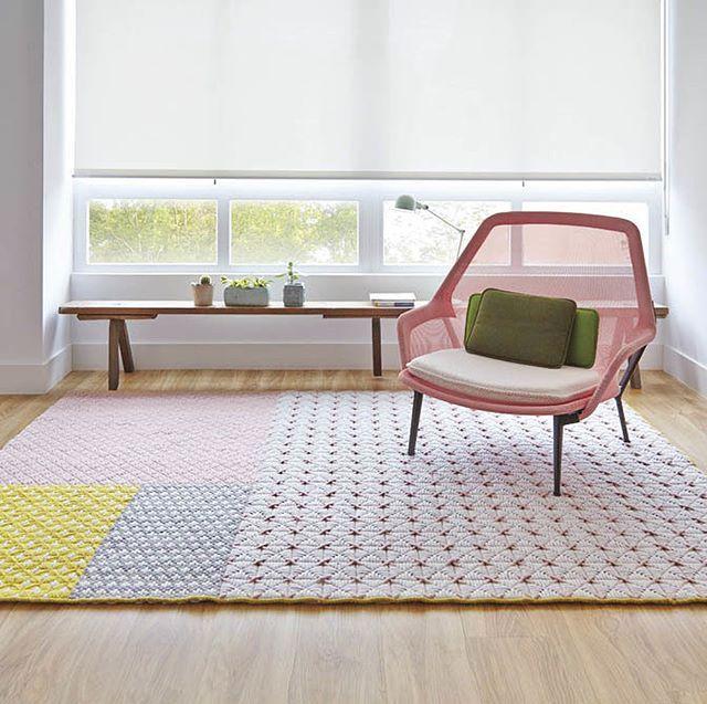 WEBSTA @inmyroom.ru Шерстяные ковры производства Испании - необычные геометрические рисунки, яркие цвета и отменное качество. Сегодня со скидкой 15% (на самом деле до конца сентября:) Посмотреть все варианты и заказать 👉👉👉по активной ссылке в профиле 👌