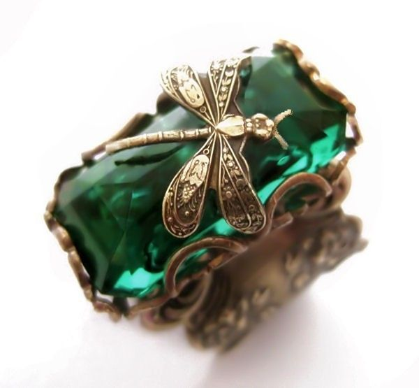 Emerald forest Dragonfly ring