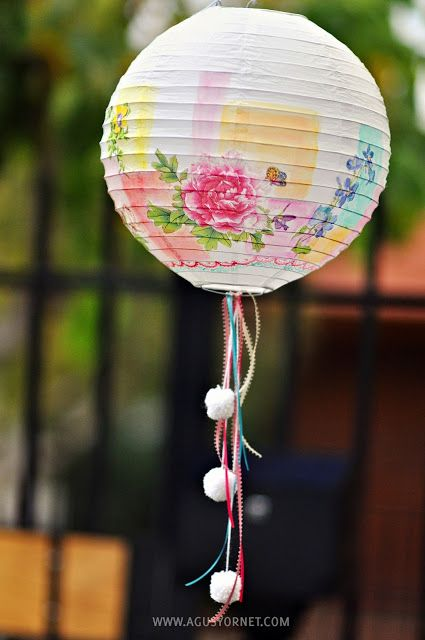 Decorated Chinese Lamp | Made with love by Agus Y. For more DIY lamps ideas to pin, visit pinterest.com/ilikethatlamp