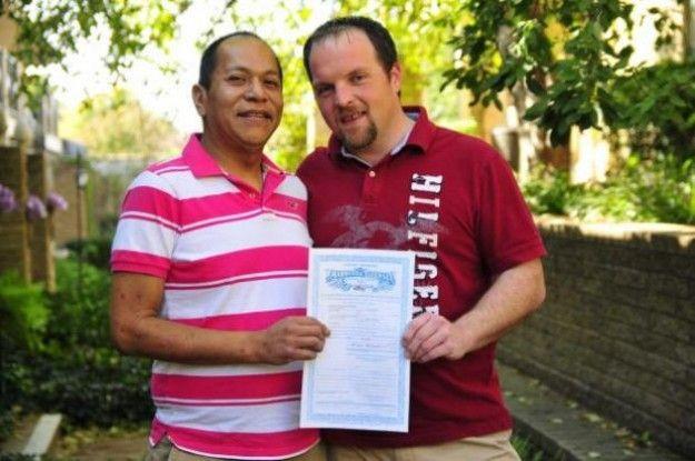 Luz verde al matrimonio gay en la tribu americana de los Cheyenne Arapaho http://www.ragap.es/actualidad/internacional/luz-verde-al-matrimonio-gay-en-la-tribu-americana-de-los-cheyenne-arapaho/701493