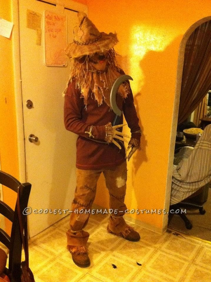Coolest Scary ScareCrow Costume... This website is the Pinterest of costumes