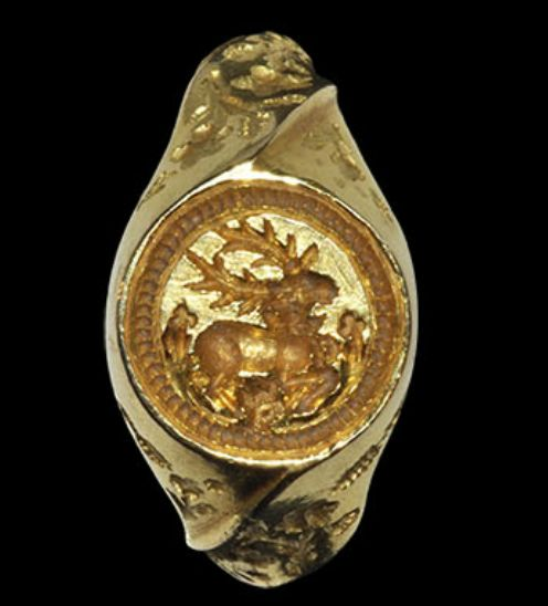 Medieval Gold Hart Signet Ring, 15th century