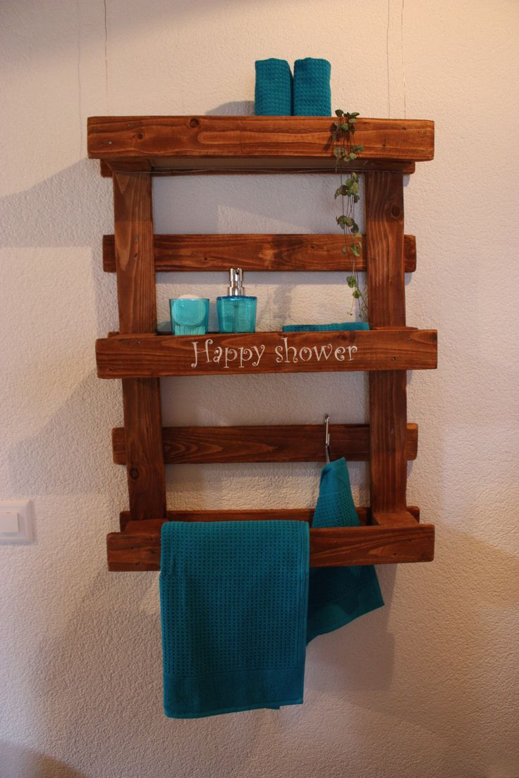 Mini palette transform e en tag re murale d co pinterest minis - Fabrication etagere garage ...