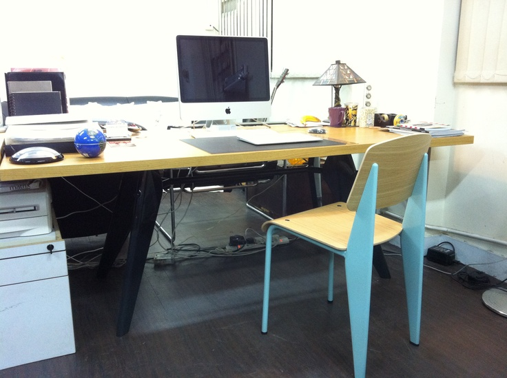 i work on this jean prouvé desk (vitra) ! paid us $1923