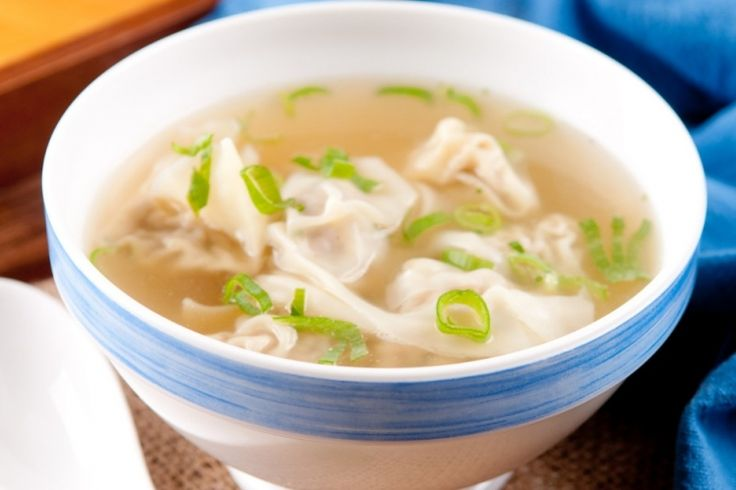 La soupe aux raviolis chinois...La fameuse soupe Won ton maison