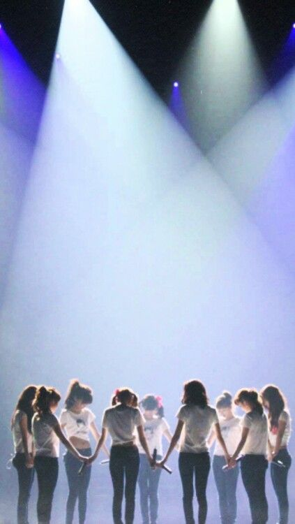 Girls' Generation SNSD Into The New World Live OT9 Lockscreen Phone Wallpaper