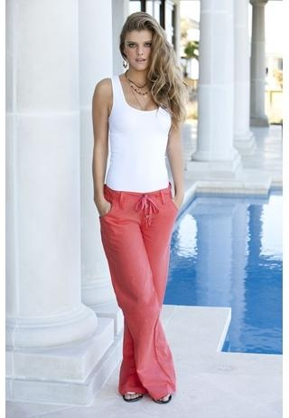 coral linen pants...oh my goodness I wanted to stop shopping but I think I must go and buy these