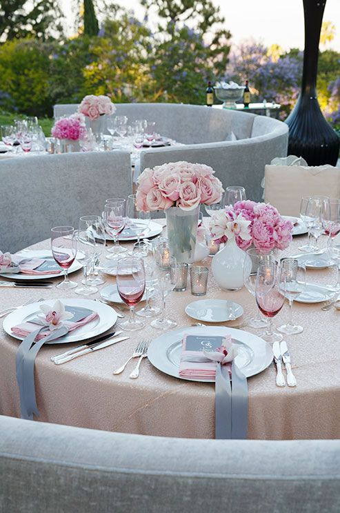 How modern and feminine is this table setting? A great look for a wedding or bridal shower.