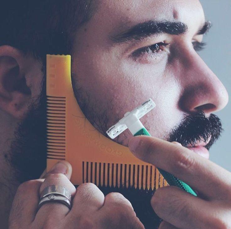Bartkamm & Bart Schablone für die perfekt Bartfom | FANCY GIFTS