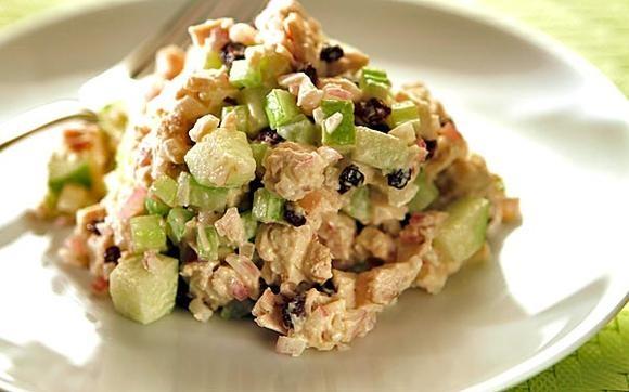 Lunch's green apple chicken salad