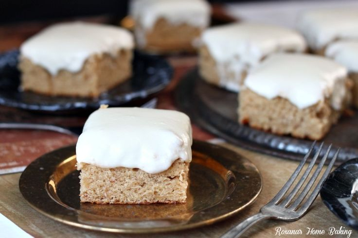 Banana sheet cake with cream cheese frosting - moist and sweet from the mashed bananas with a little tangyness from the cream cheese frosting