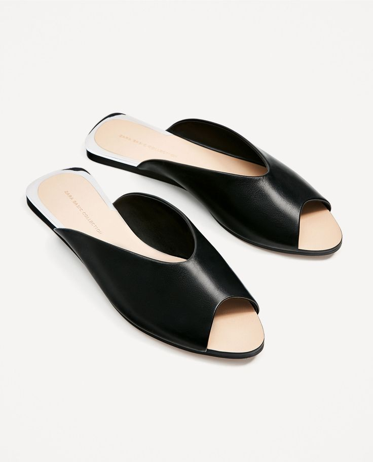 ZARA - WOMAN - V-CUT LEATHER SLIDES