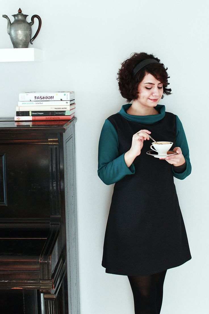 Coco dress with pattern by Tilly Walnes. Makes me want to have tea with Holly Golightly! #tillyandthebuttons #coco #sewing
