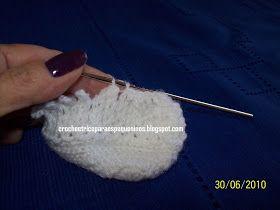 Boa noite amigas, atendendo pedidos tentei fazer um PAP do sapatinho no ponto de croche Sonia Maria. Postei alguns sapatinhos nesse ponto,...