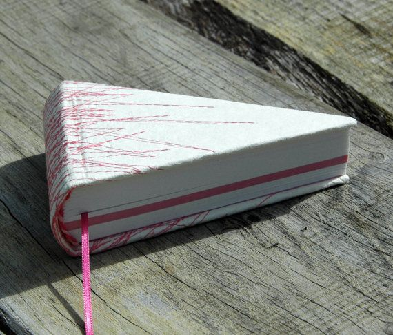 piece of pie book in offwhite with pink stitches by Marinabooks, €29.00