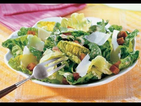 CAESAR SALAD - VIDEO RECIPE