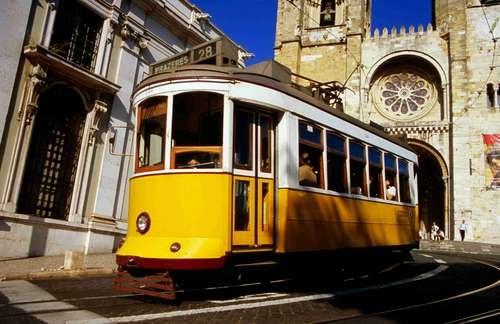 #Lisbona, i celebri tram