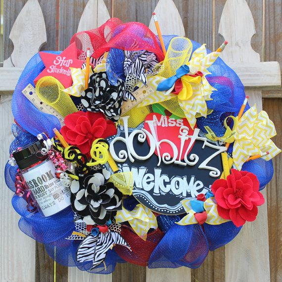 17 best images about school wreath on pinterest for Best place to buy wreaths