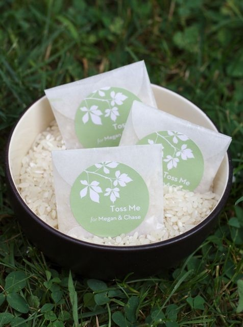 I would use bird seed, not rice, but these little packets are cute