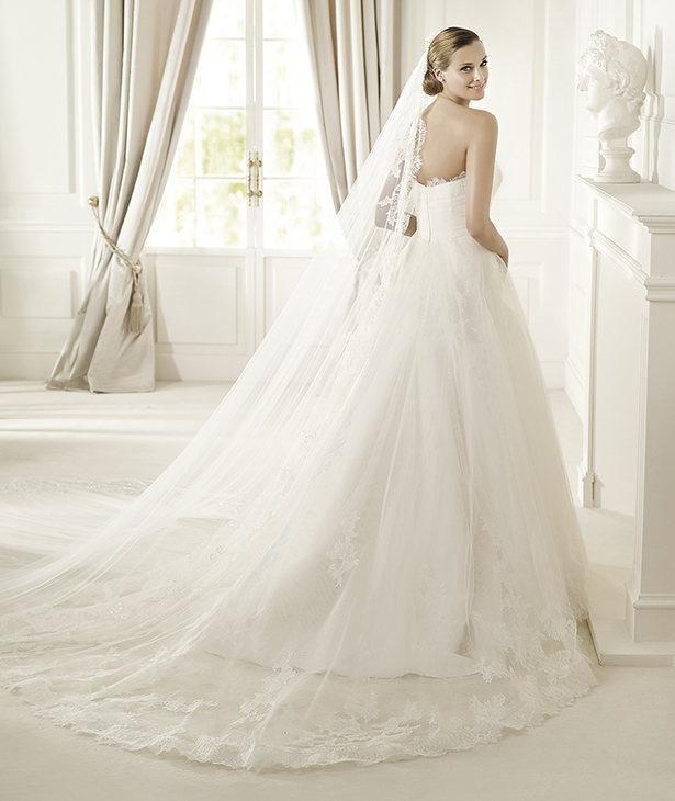Svatební šaty Decada Pronovias 3