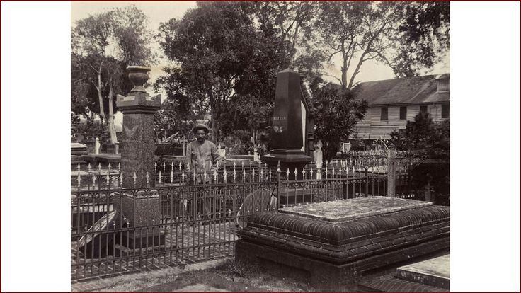 De Nieuwe Oranjetuin of Heenen Kerkhof te Paramaribo in Suriname......ca 1915