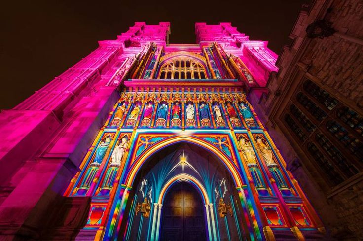 Digital Light Installations at the London Lumiere Festival  The London Lumiere Festival took place from January 14th to 17th in London. This event offers light installations and mappings on iconic placed and monuments of the British capital. The event produced by the creative company Artichoke enable many artists to show their work.          #xemtvhay