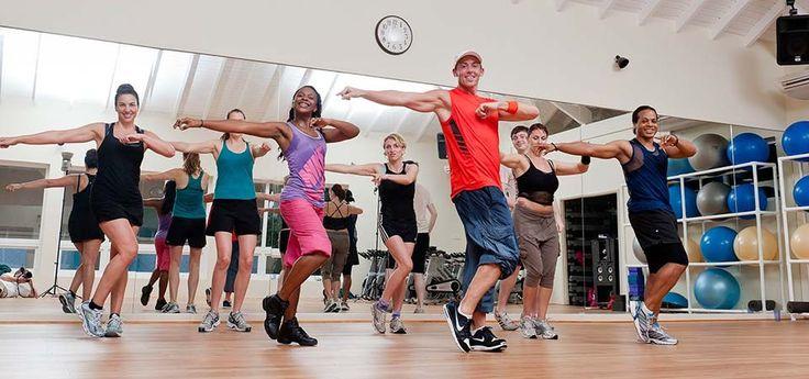 Tout le materiel est disponible pour faire des vrais entrainement de Crosstraining. Votre salle de fitness possède également institut de beauté.