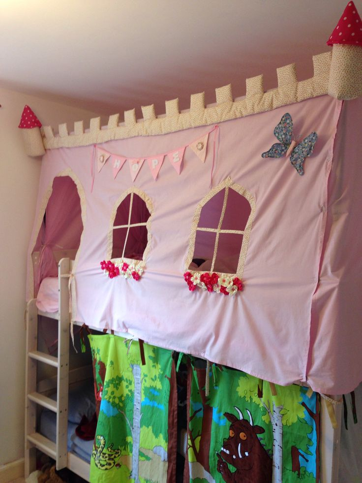 A castle bed tent made for my daughteru0027s 4th birthday & 7 best Ellie Christmas images on Pinterest | Canopy for bed Bed ...