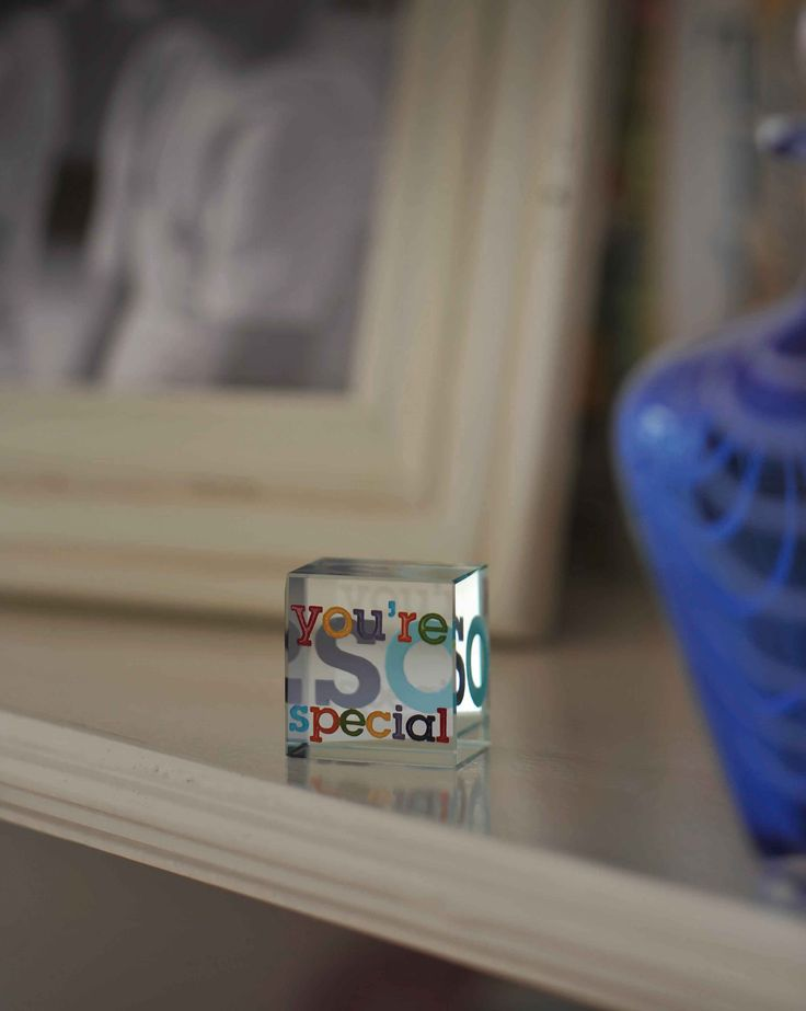 A bold, bright and cheerful gift for someone special. #Gift #Love #Special #Spaceform #Friend #Token #London