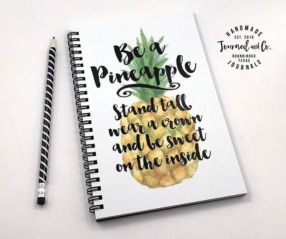 L'écriture de journal, cahier à spirale, journal de balle, mignon journal, journal intime, carnet de croquis, vide de la grille doublée - être un ananas stand haut à porter une couronne