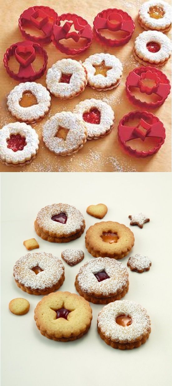 Create delicious linzer cookies… and biscuits, too. Go ahead—glance again. This set makes buttery linzer cookies that are so authentic looking, you'd never guess they were homemade.