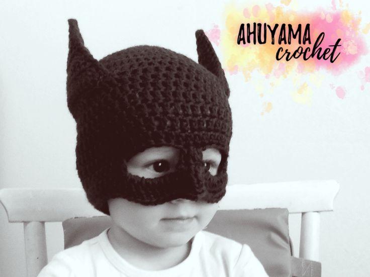Cómo tejer un GORRO DE BATMAN y el LOGO DE BATMAN. Aprende con este tutorial paso a paso y ¡prepárate para Halloween!