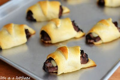 French Dip Cresent Rolls!: French Dip Crescents, Recipe, Lofthous Food, Food Blog, String Cheese, Roasted Beef, French Dips Crescents, Pepperoni Rolls, Crescents Rolls