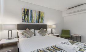 aspire-wing-room-metro-hotel-perth (3)