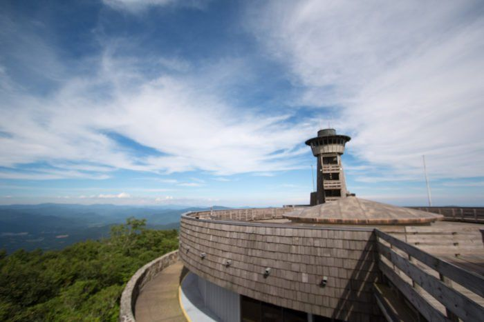 The Brasstown Bald Trail is a 1.1 mile, out-and-back trail near Hiawassee, Georgia.