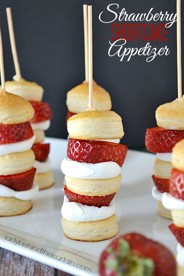 Looking for a delicious appetizer that can be made in advance? You heard right, these Strawberry Shortcakes can be put on a stick for a beautiful and portable dessert.