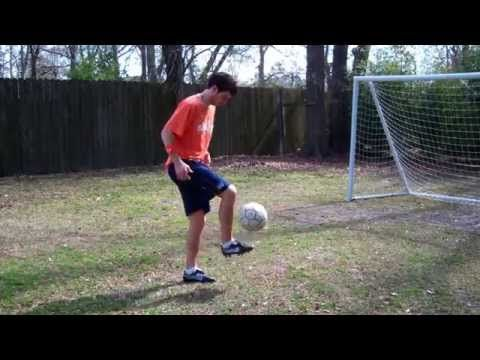 How to Juggle a Soccer Ball with your Feet Advanced — Online Soccer Academy