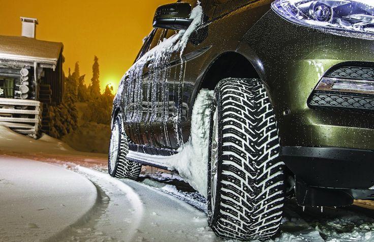 Компания Nokian Tyres для зимнего сезона предлагает новую шипованную шину для внедорожников – Hakkapeliitta 8 SUV. Традиционно финны наделили ее всевозможными последними ноу-хау. Хотя многие из них уже применялись в легковой модели Hakkapeliitta 8, в покрышках для SUV'ов они использованы впервые.