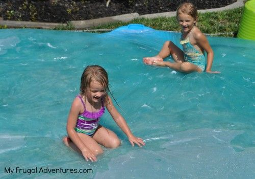 how to make a water blob for kids - this would be fun to do when we have little ones visit in the summer!