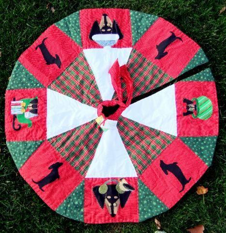 Handmade Tree Skirt Begging Dachshund Black Tan Doxie