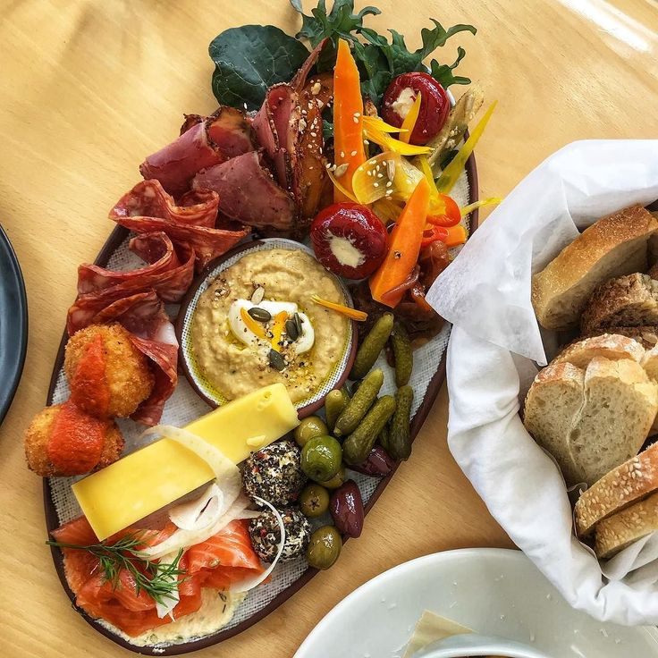 Look at this platter of deliciousness we had at @brick_bay! Excellent food wine and sculptures  - @theglobalcouple on Instagram