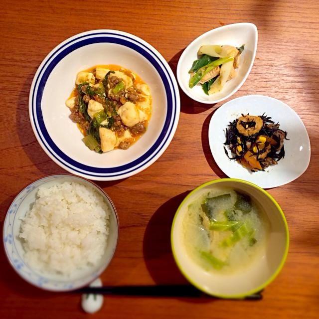麻婆豆腐&白菜、鶏のネギ塩レモン炒め、 ひじきの煮物、キャベツの信州味噌汁 - 2件のもぐもぐ - 麻婆豆腐と鶏炒めの夕ご飯 by maimyymoo