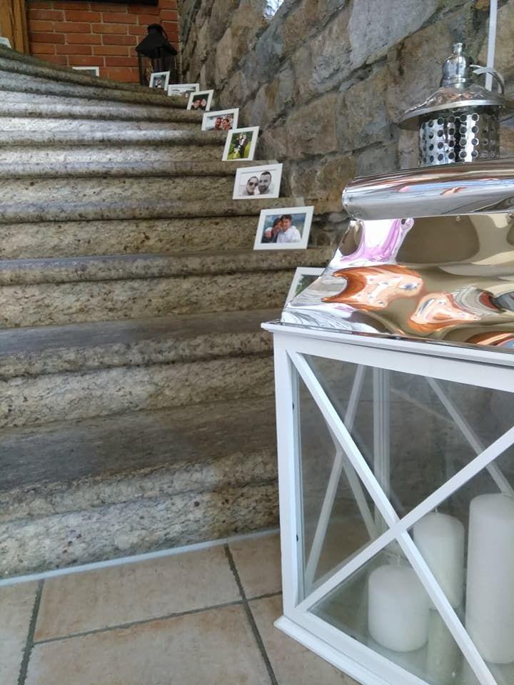 Der Weg Zum Gluck Und Zur Gemeinsamkeit Hochzeitsdekoration Mit Lebenslauf Dekoriert Von Der Agentur Albhochz Hochzeit Hochzeitsplanung Hochzeitsdekoration