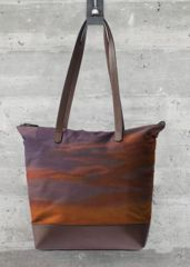 Mother's Day gift...Order a Statement Handbag order by midnight PST March 7 (this is California Seascape and a matching modal or silk scarf.  Save $35 code LoveMom100 or $40 use code LoveMom150.  http://shopvida.com/collections/vivian-stearns-kohler