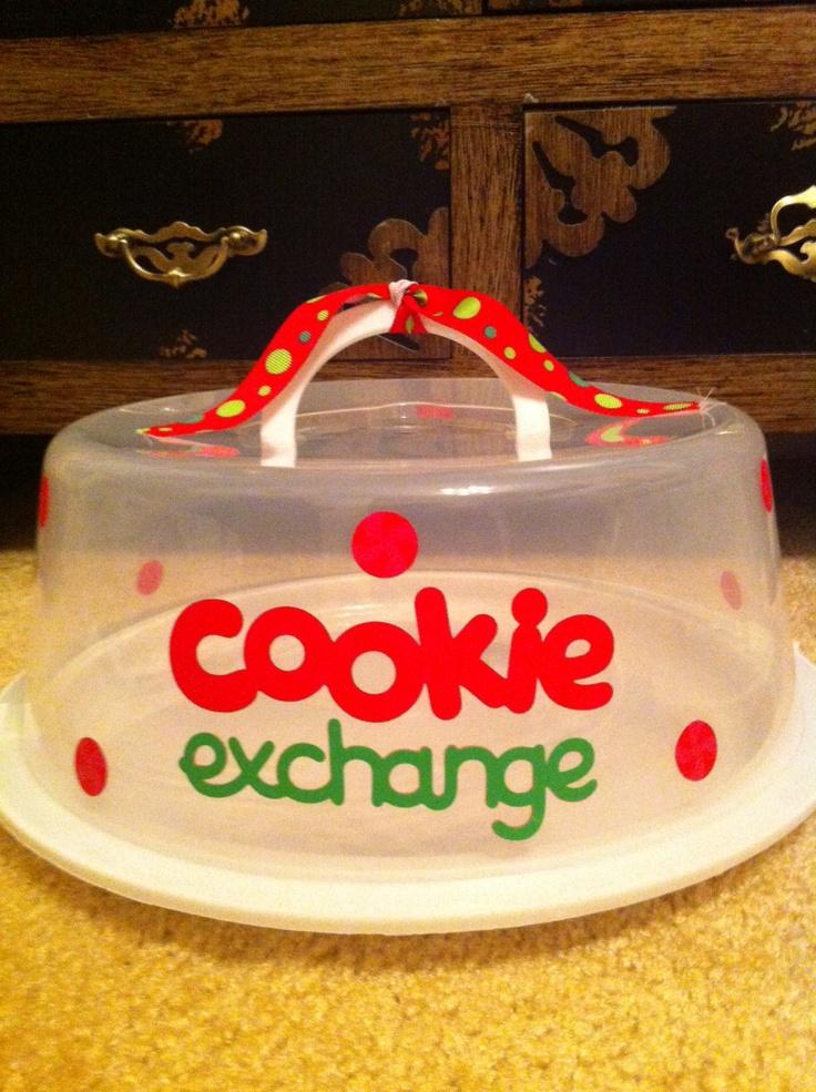 Cookie exchange cake carrier.  For details please visit, http://clippingsbysharondalyn.blogspot.com
