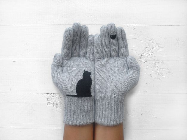 via en.dawanda.com Gloves – Christmas Gift, Cat Gloves, Grey, Bird, Xmas Gift – a unique product by Yastikizi on DaWanda