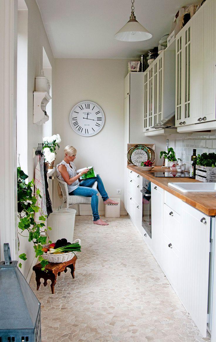 25+ parasta ideaa Pinterestissä Keittiökaapit  Keittiön sisustussuunnittelu