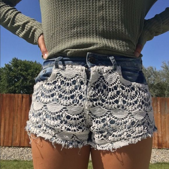 Jean shorts with white decor fabric Good summer shorts!! :) Macy's Shorts Jean Shorts