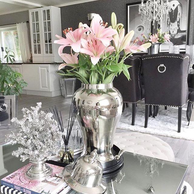 Good morning  #furniture #furnitureporn #furnituredesign #furnitureshopping #instagood #instacool #picoftheday #interiordesign #design #interiordesigner #interiors #shabbystore #shabbychicstyle #modern #decor #home #house #renovation #renovate #homestyle #homeinspo #homeinspiration #accessories #luxury #luxurylifestyle www.shabbystore.co.uk