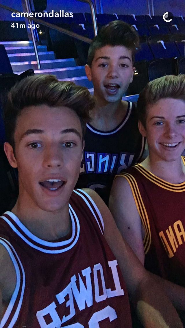 I'm Blake I'm 19 and single also best franns with cam and joey